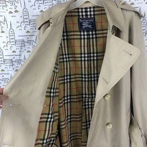 BURBERRY Vintage Long Heritage Trench Coat
